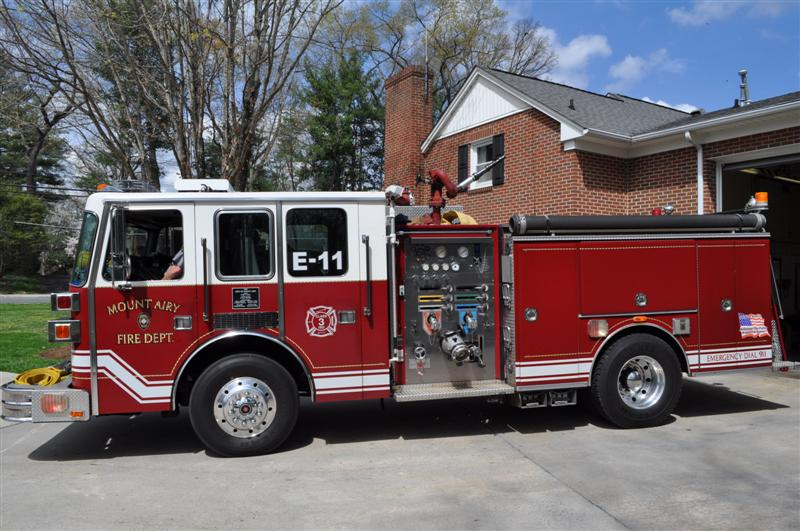 Mount airy nc official website thumbs up engine 11 1995 sutphen custom pumper sciox Gallery